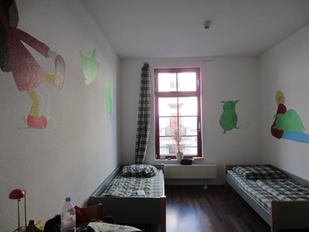 deutschland wassertiger. Black Bedroom Furniture Sets. Home Design Ideas